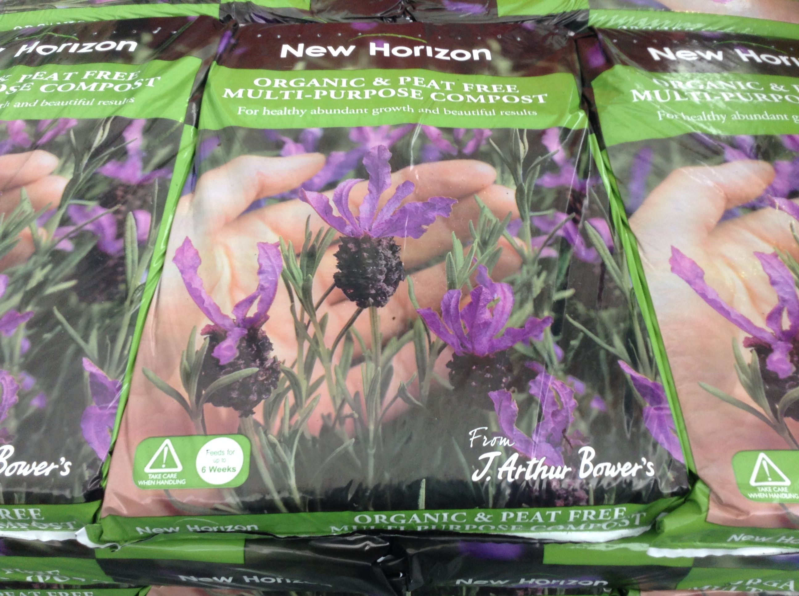 New Horizon organic peat-free compost
